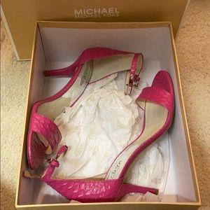 Michael Kors Jet Set Kristen Mid Pink Heel